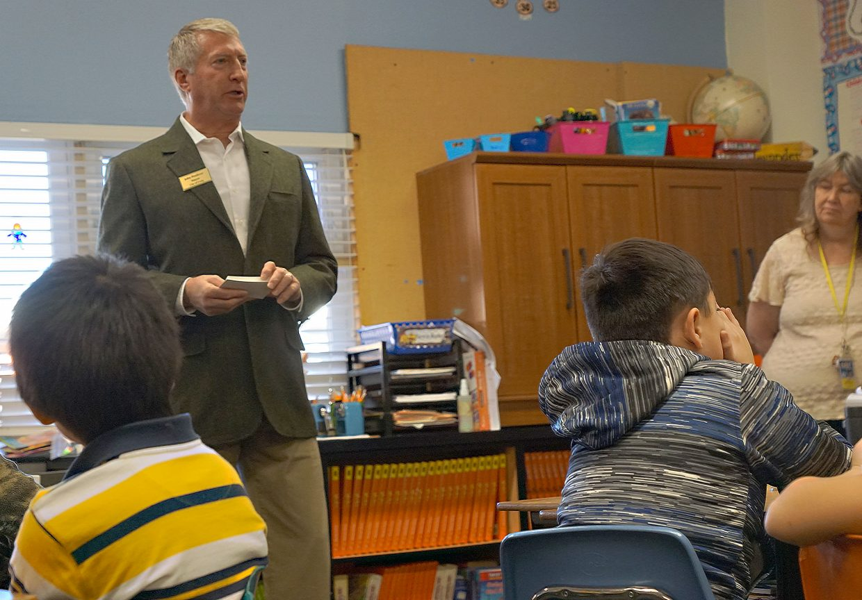 Craig Mayor John Ponikvar speaks with students in Bobbie McAlexander's third-grade class at East Elementary School about local government.